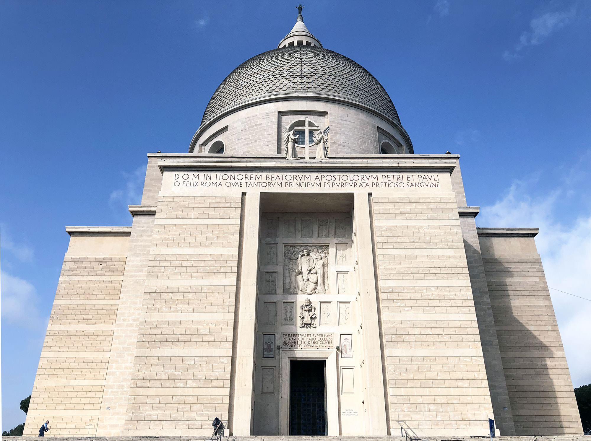 chiesa dei santi pietro e paolo eur