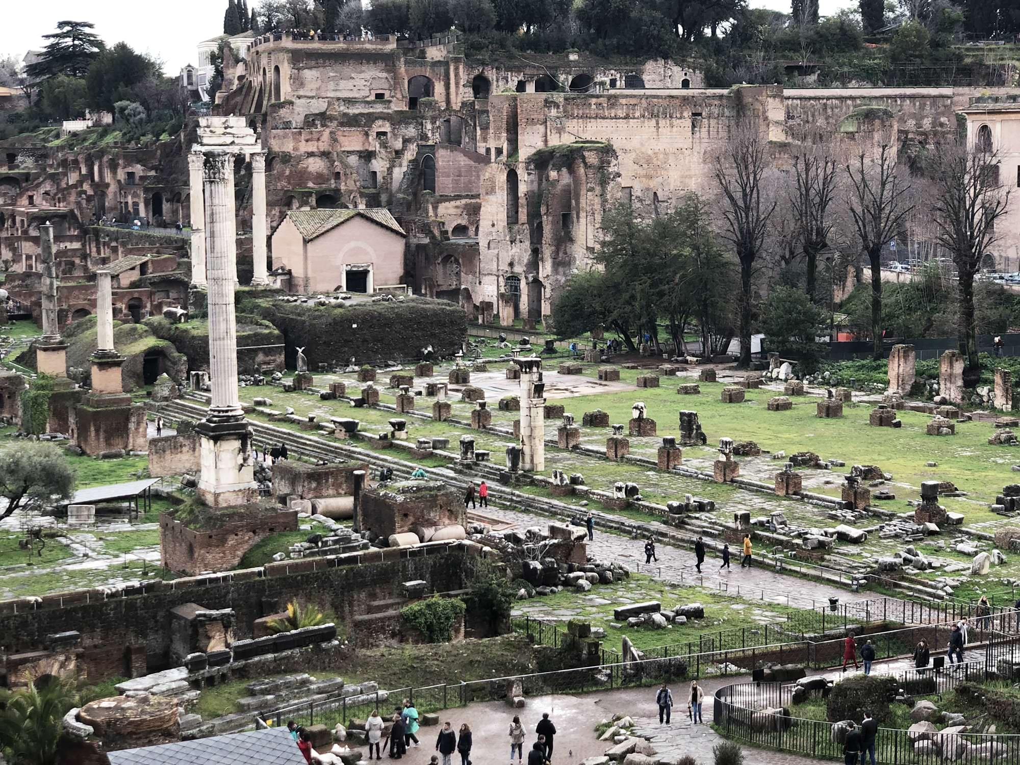 via sacra foro romano imperiale